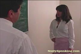 Descargarbideo porno de chicas mamando berga a caballo